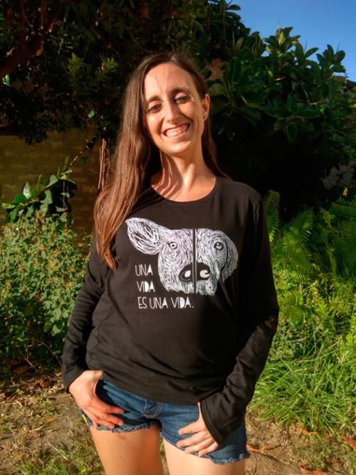 camiseta-santuario-compasion-animal-una-vida-negro-ml-mujer
